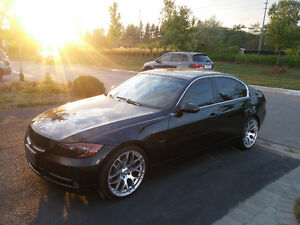 2007 BMW 3-Series 335i Sport Package// 6 Speed //Comfort Access