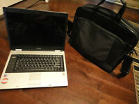 Toshiba Satellite M40 Laptop - Win XP