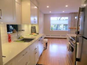 608 235 KEITH ROAD West Vancouver, British Columbia