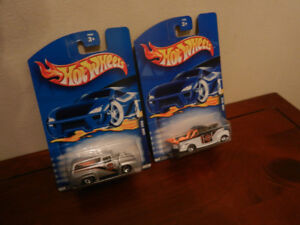 Hot Wheels Harley Davidson Ford 1940 and 1956 Lot of 2