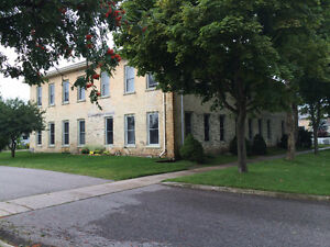 Spacious 2 Bedroom Apartment close to Downtown Goderich