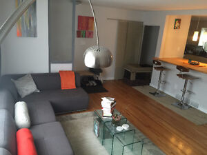 For rent - 4+1 bedroom house on Elbow Drive SW - Avail July 1