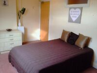 106 Austhorpe Road Room 5-SUPERB STUDIO!!!AVAILABLE NOW!!