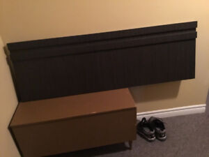 Hear board for double bed. Legs included ,. Brand new, never use