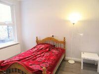 Beautiful furnished single room / in Gants hill / weekly 90
