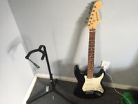 Like new Hyburn Electric guitar with Danville Amp, and Accessori