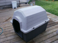 Dog House / Outdoor or Indoor Resin doghouser