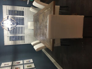 6 white parson chairs. Great condition  $300 go set of 6