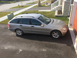 2003 Mercedes-Benz 200-Series Wagon c240 4 matic classic