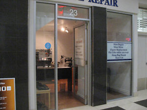 COMMERCIAL UNIT FOR LEASE DOWNTOWN LOCATION ON YONGE