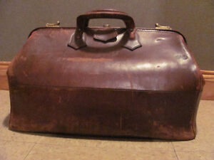 Vintage leather doctors bag $78