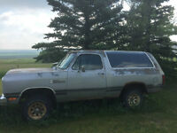 Ford Mustang, Dodge Ramcharger, Chevy S10 Blazer