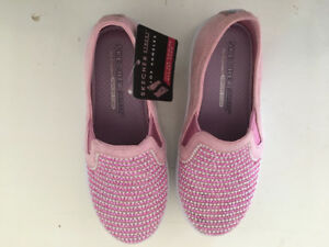 Girls size 11.5 skecher shiny dancer sneakers .