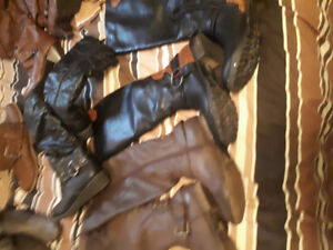 Ladies boots size 7.5