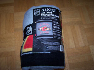 Classic 1980 NHL CALGARY FLAMES 50 x 60 in blanket
