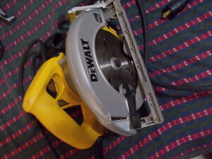 dewalt cir saw used for  3 hours at most