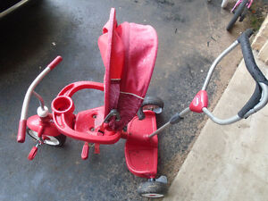 Radio Flyer Trike Red 15$  **PLEASE VIEW POSTER'S OTHER ADS***