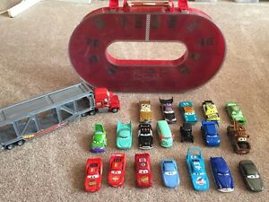 Lightning McQueen cars and track