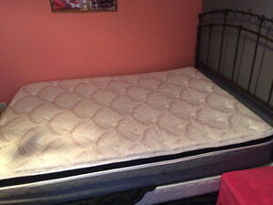 Twin size bed for sale(Great condition) Windsor Region Ontario image 2