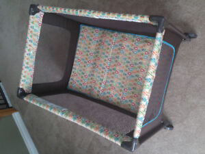Safety 1st Nap N' Go Playpen Yard Happy Pears