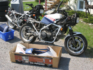 Honda VF1000F Interceptor (with parts bike)