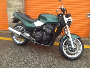 TRIUMPH TRIDENT MOTORCYCLE FOR SALE