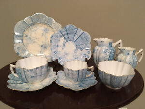 ISO: wileman daisy jungle pattern tea set. Pale blue