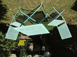 Metal table chairs collapsible