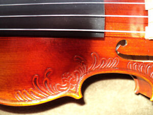 VIOLIN 4/4 FULL SIZE CARVED INLAY SOLID SPRUCE TOP ,MAPLE SIDES London Ontario image 8