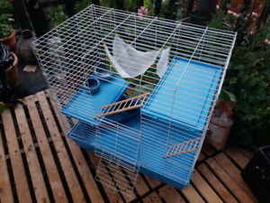 RAT OR SMALL ANIMAL CAGE - incl carrying case