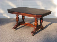 Elegant Antique Spiesz Restored Walnut Dining Table, 6 Chairs