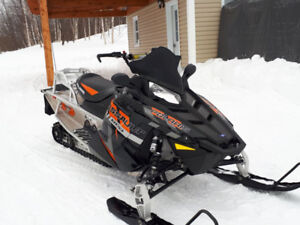 Motoneige Polaris assault 800 a vendre