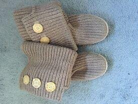 Ladies Ugg Cardi Boots 6.5