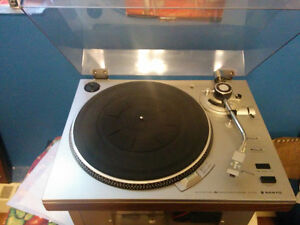 Vintage Sanyo Turntable TP-1010