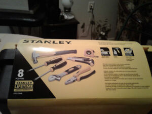Stanley 8 pc home tools and box..handy for house chores or car.
