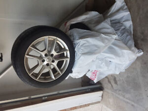 Summer Tires with aluminum rims for sale for Nissan Maxima