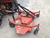 5 FOOT FINSHING MOWER FOR A TRACTOR