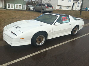1987 Pontiac Trans Am Coupé. Must see!