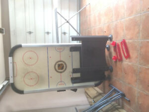 Table de mini hockey.
