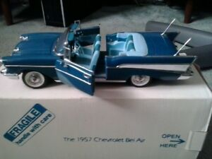 Danbury Mint 1957 Chevrolet Bel Air Convertible Blue 1:24 scale