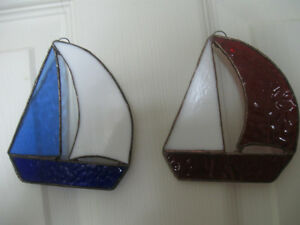 PAIR of LEADED COLOURED-GLASS WINDOW SAILBOAT SUN-CATCHERS Watch