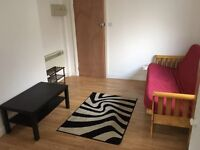 Studio flat available to let in Walthamstow on Wood street, E17 3NU