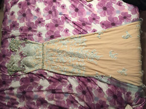 Ball Gown Dress. Perfect Condition * WORN ONCE London Ontario image 3