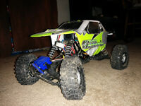 Mint AXIAL AX-10 Rock Crawler