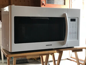 Samsung Microwave with exaust fan