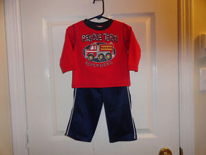 Boys' 2-piece Outfit - Size 12 Months - New