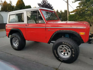 1970 Early Ford Bronco 302 V8 3 Speed