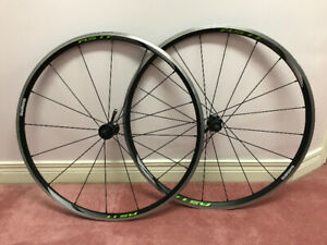 Shimano RS11 Wheelset