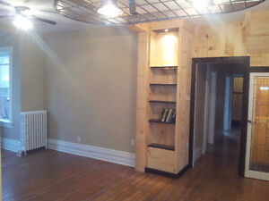 All inclusive downtown house for Jan 1 London Ontario image 1