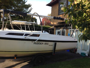 Sailboat, McGregor 26 D w/ trailer and Honda 15 hp outboard